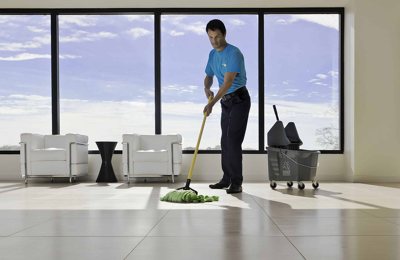 https://www.bigheartshomecare.ca/wp-content/uploads/2015/11/Commercial-Cleaning-Services.jpg