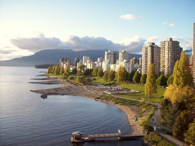https://www.bigheartshomecare.ca/wp-content/uploads/2017/05/English_Bay_Vancouver_BC-640x480.jpg