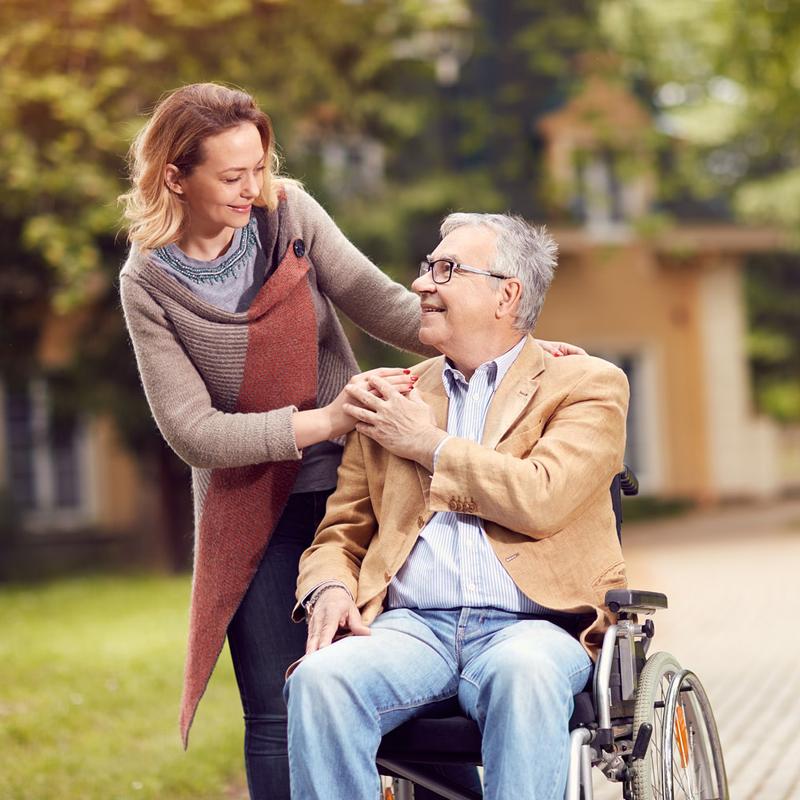 https://www.bigheartshomecare.ca/wp-content/uploads/2021/02/bh-caregiver-grid-003.jpg
